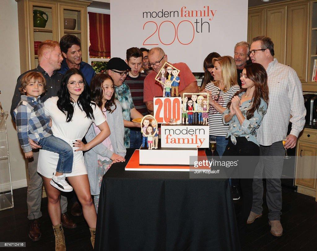 "ABC Celebrates The 200th Episode Of ""Modern Family"" : News Photo"