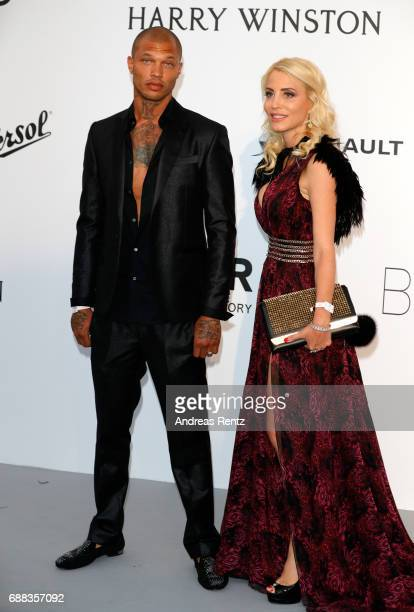 Jeremy Meeks and a guest arrive at the amfAR Gala Cannes 2017 at Hotel du Cap-Eden-Roc on May 25, 2017 in Cap d'Antibes, France.