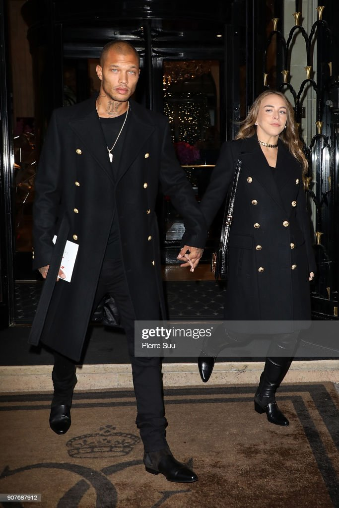 Celebrity Sightings -Paris Fashion Week - Menswear Fall Winter 2018/2019 : Day Five
