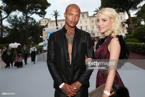 Jeremy Meeks and Juliane Dalla Pria attends the amfAR Gala Cannes 2017 at Hotel du CapEdenRoc on May 25 2017 in Cap d'Antibes France
