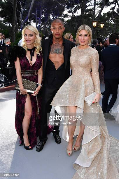 Jeremy Meeks Hofit Golan and a guest attend the amfAR Gala Cannes 2017 at Hotel du CapEdenRoc on May 25 2017 in Cap d'Antibes France
