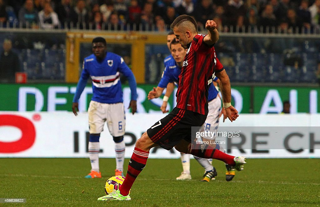 Jeremy Menez of AC Milan scores his goal on free kick during the Serie A match between UC Sampdoria and AC Milan at Stadio Luigi Ferraris on November 8, 2014 in Genoa, Italy.