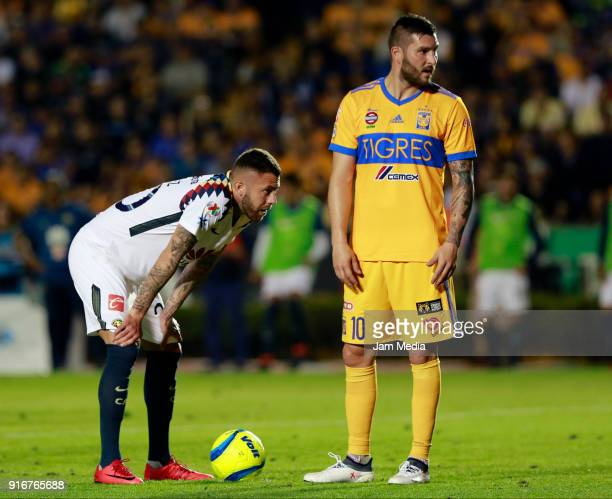 Jeremy Menez of America and AndrePierre Gignac of Tigres talk during the 6th round match between Tigres UANL and America as part of the Torneo...