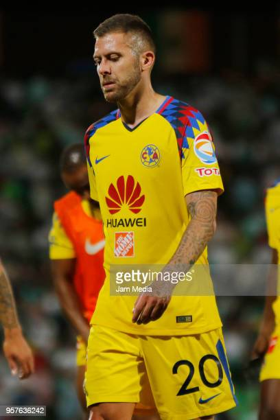 Jeremy Menez of America leaves the field after the semifinals first leg match between Santos Laguna and America as part of the Torneo Clausura 2018...
