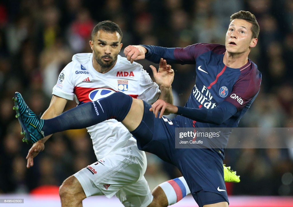 Jeremy Morel of Lyon, Julian Draxler of PSG during the French Ligue 1 match between Paris Saint Germain (PSG) and Olympique Lyonnais (OL) at Parc des Princes on September 17, 2017 in Paris, .