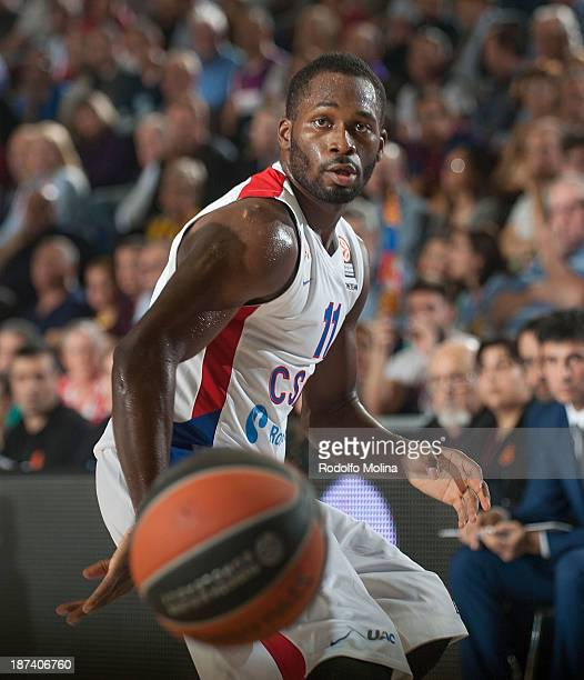 Jeremy Pargo #11 of CSKA Moscow in action during the 20132014 Turkish Airlines Euroleague Regular Season Date 4 game between FC Barcelona Regal v...