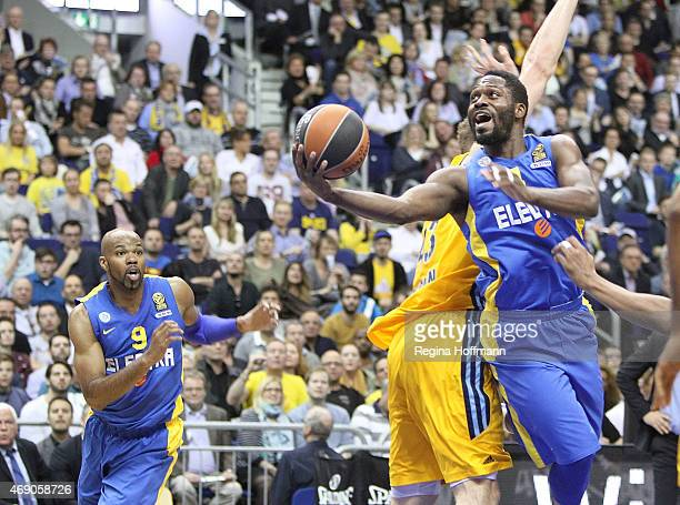 Jeremy Pargo #4 of Maccabi Electra Tel Aviv in action during the Turkish Airlines Euroleague Basketball Top 16 Date 14 game between Alba Berlin v...