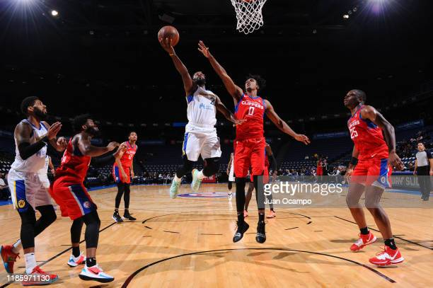 Jeremy Pargo of the Santa Cruz Warriors goes to the basket against Donte Grantham of the Agua Caliente Clippers of Ontario on December 1, 2019 at...