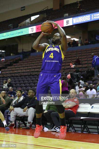 Jeremy Pargo of the Santa Cruz Warriors shoots the ball during the game against the Memphis Hustle during an NBA GLeague game on March 10 2018 at...