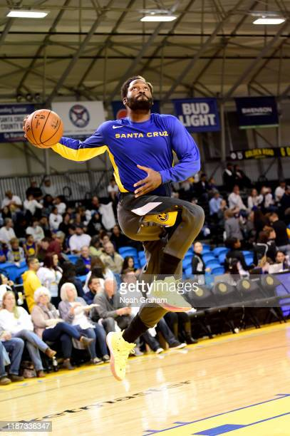 Jeremy Pargo of the Santa Cruz Warriors warms up against the Windy City Bulls during an NBA GLeague game on December 8 2019 at the Kaiser Permanente...