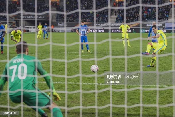 Jeremy Perbet of KAA Gent misses a penaltyduring the UEFA Europa League round of 16 match between KAA Gent and KRC Genk on March 09 2017 at the...