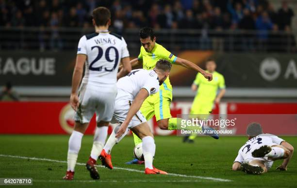 Jeremy Perbet of KAA Gent scores his sides first goal during the UEFA Europa League Round of 32 first leg match between KAA Gent and Tottenham...
