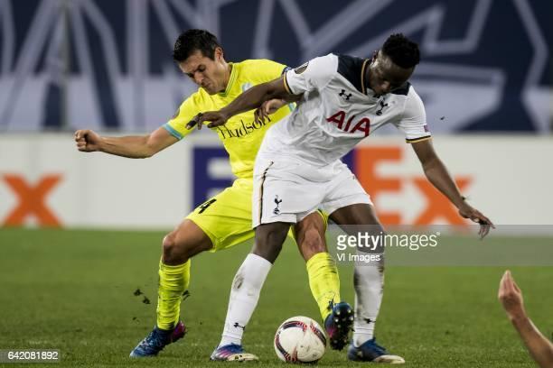 Jeremy Perbet of KAA Gent Victor Wanyama of Tottenham Hotspur FCduring the UEFA Europa League round of 16 match between KAA Gent and Tottenham...