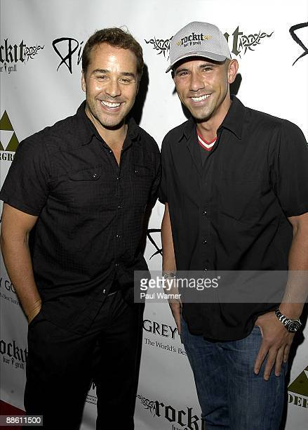 Jeremy Piven and Billy Dec attend the 2009 Piven Theatre Workshop Benefit at Rockit Bar Grill on June 20 2009 in Chicago Illinois