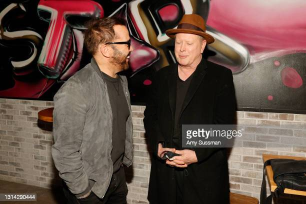 """Jeremy Piven and Darrell Hammond attend """"Shindig"""" standup comedy show benefitting Color Of Change hosted by Jimmy Shin at Black Star Burger on April..."""