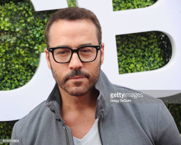 Jeremy Piven arrives at the 2017 Summer TCA Tour - CBS Television Studios' Summer Soiree at CBS Studios - Radford on August 1, 2017 in Studio City,...
