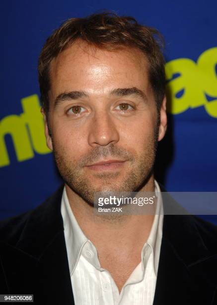 Jeremy Piven arrives at the New York Premiere of the 3rd Season of Entourage held at the Skirball Center for the Performing Arts at NYU New York City...
