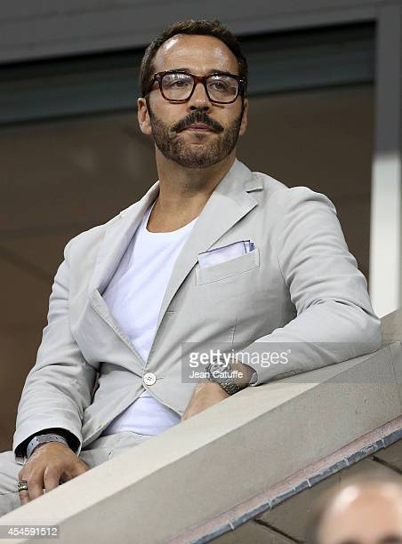 Jeremy Piven attends Day 10 of the 2014 US Open at USTA Billie Jean King National Tennis Center on September 3, 2014 in the Flushing neighborhood of...