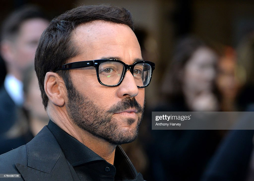 """Entourage"" - European Premiere - Red Carpet Arrivals : Fotografía de noticias"