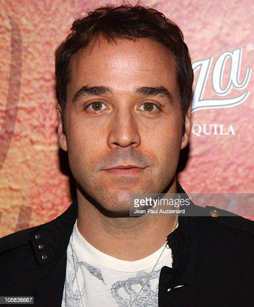 Jeremy Piven during Sauza Tequila's Cinco de Mayo Party Hosted by Jeremy Piven Arrivals at Velvet Margarita Cantina in Hollywood California United...