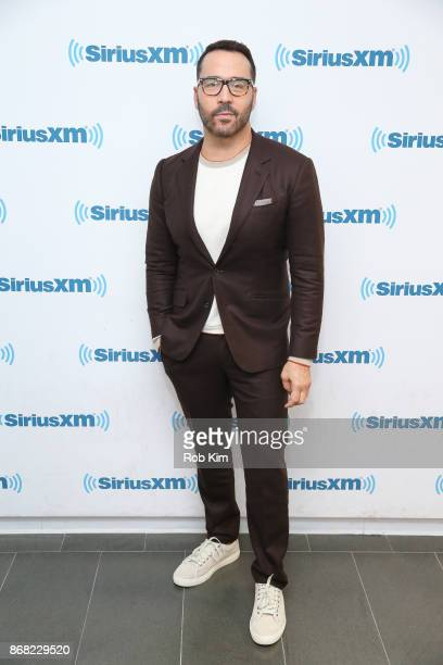 Jeremy Piven visits at SiriusXM Studios on October 30, 2017 in New York City.