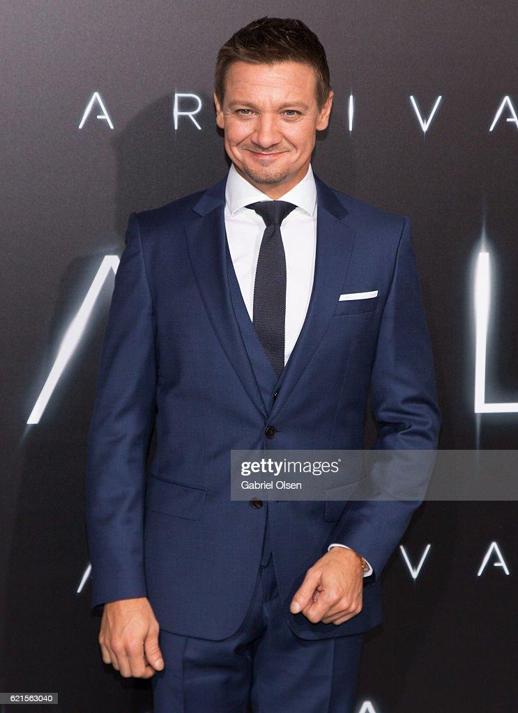 """Premiere Of Paramount Pictures' """"Arrival"""" - Arrivals : Foto jornalística"""