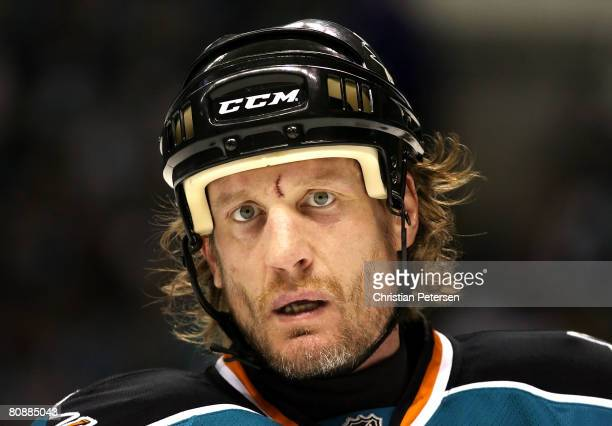Jeremy Roenick of the San Jose Sharks skates up to a face off against the Dallas Stars during Game 2 of the Western Conference Semifinals of the 2008...