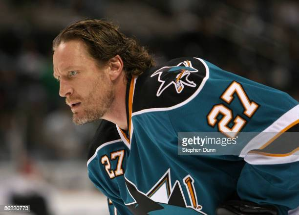 Jeremy Roenick of the San Jose Sharks warms up prior to playing the Anaheim Ducks during Game Five of the Western Conference Quarterfinal Round of...