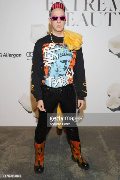 Jeremy Scott attends the Vogue Italia Cocktail Party during the Milan Fashion Week Spring/Summer 2020 on September 20, 2019 in Milan, Italy.