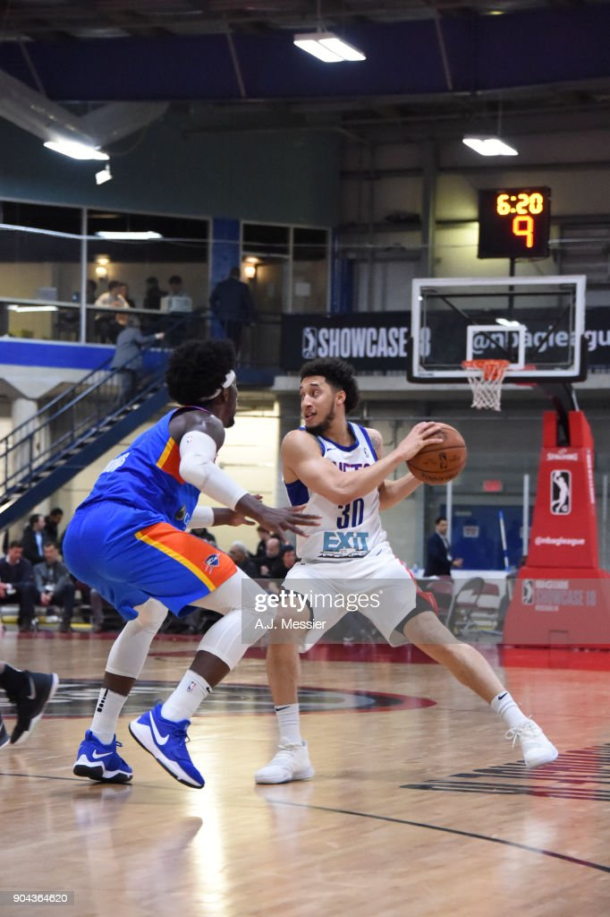 Jeremy Senglin #30 of the Long Island Nets handles the ball against the Oklahoma City Blue at NBA G League Showcase Game 18 on January 12, 2018 at the Hershey Centre in Mississauga, Ontario Canada.