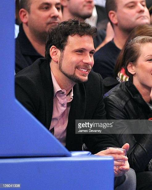 Jeremy Sisto attends the San Antonio Spurs vs New York Knicks game at Madison Square Garden on January 4 2011 in New York City