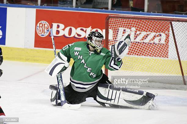 Jeremy Smith of Team BurnsBergeron makes a glove save during the breakaway relay at the 2007 Home Hardware CHL/NHL Top Prospects Skills Competition...