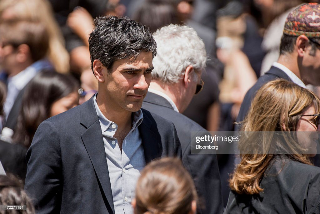 Mourners Attend The Funeral Of SurveyMonkey Chief Executive Officer Dave Goldberg