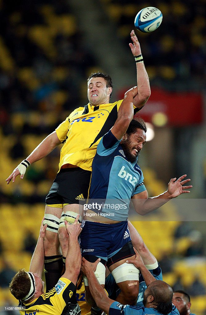 Jeremy Thrush of the Hurricanes competes for a lineout ball with Liaki Moli of the Blues during the round 11 Super Rugby match between the Hurricanes and the Blues at Westpac Stadium on May 4, 2012 in Wellington, New Zealand.