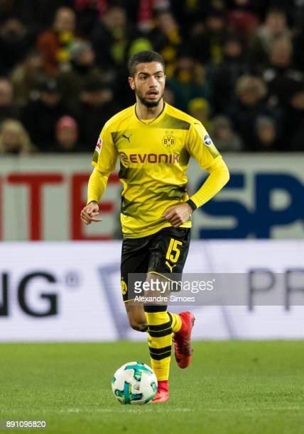 Jeremy Toljan of Borussia Dortmund in action during the Bundesliga match between 1 FSV Mainz and Borussia Dortmund at Opel Arena on December 12 2017...