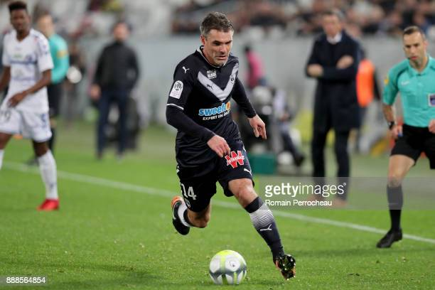 Jeremy Toulalan of Bordeaux in action during the Ligue 1 match between FC Girondins de Bordeaux and Strasbourg at Stade Matmut Atlantique on December...