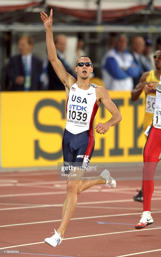 Jeremy Wariner of the United States celebrates after crossing the finish line to win the 400 meters in 43.93 in the IAAF World Championships in Athletics at Olympic Stadium in Helsinki, Finland on Friday, August 12, 2005.