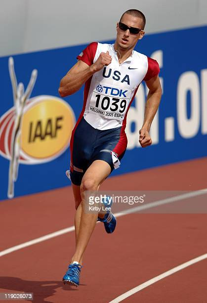 Jeremy Wariner of the United States wins firstround heat of men's 400 meters in 4524 in the IAAF World Championships in Athletics at Olympic Stadium...