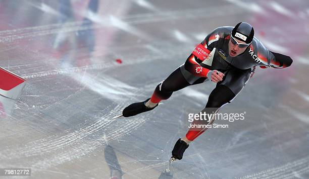 Jeremy Wotherspoon of Canada competes in the 1000m heats during Day 2 of the Essent ISU Speed Skating World Cup at the Ludwig Schwabl Eisstadion on...