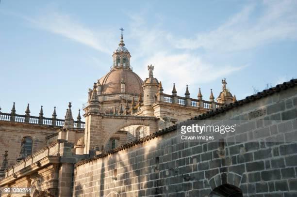 jerez de la frontera cathedral against sky - jerez de la frontera fotografías e imágenes de stock