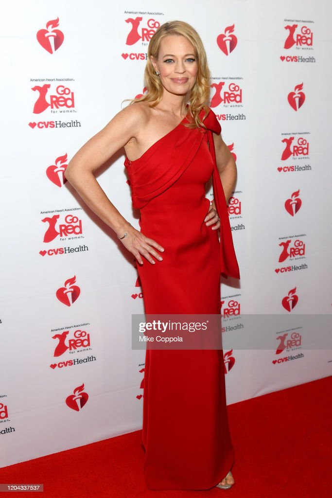 The American Heart Association's Go Red for Women Red Dress Collection 2020 - Arrivals & Front Row : Nieuwsfoto's