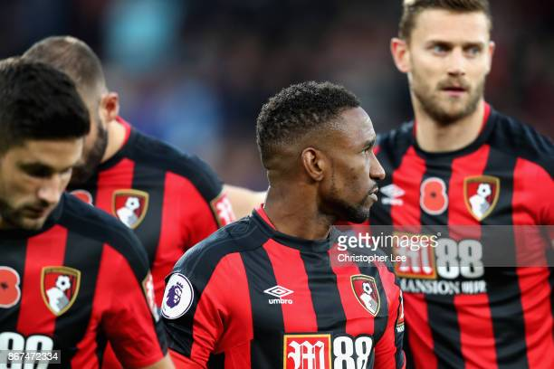 Jermain Defoe of AFC Bournemout is seen not wearing a shirt with a poppy on prior to the Premier League match between AFC Bournemouth and Chelsea at...