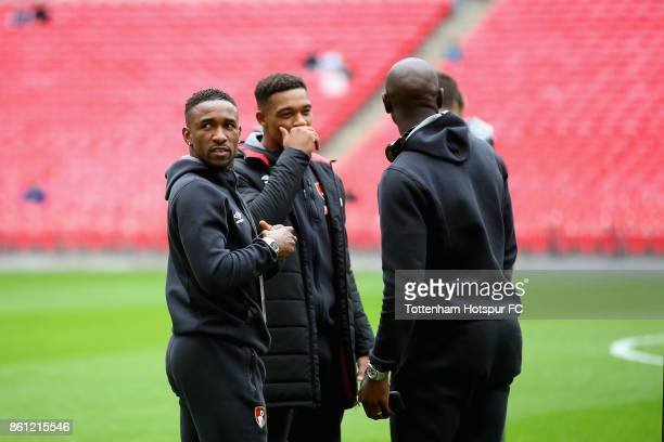 Jermain Defoe of AFC Bournemouth speaks to his team mates on the pitch prior to the Premier League match between Tottenham Hotspur and AFC...