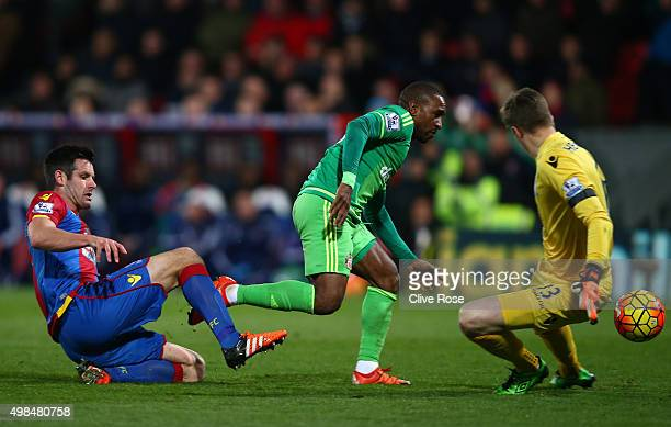 Jermain Defoe of Sunderland capitalises on a mix up by Scott Dann and Wayne Hennessey of Crystal Palace to score the opening goal during the Barclays...
