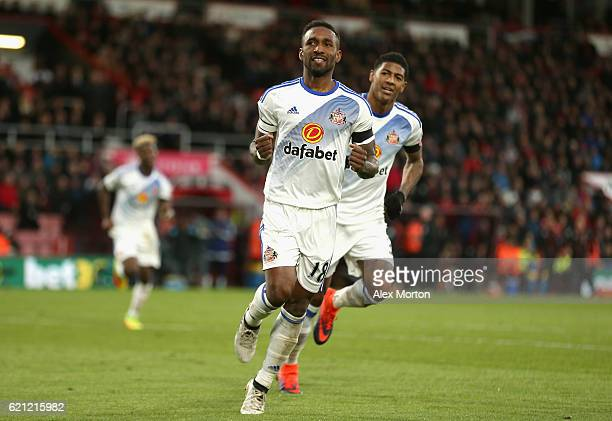 Jermain Defoe of Sunderland celebrates scoring his sides second goal during the Premier League match between AFC Bournemouth and Sunderland at...