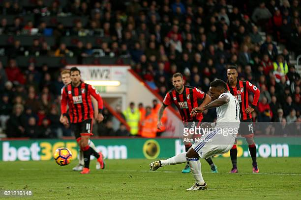 Jermain Defoe of Sunderland scores his sides second goal from the penalty spot during the Premier League match between AFC Bournemouth and Sunderland...