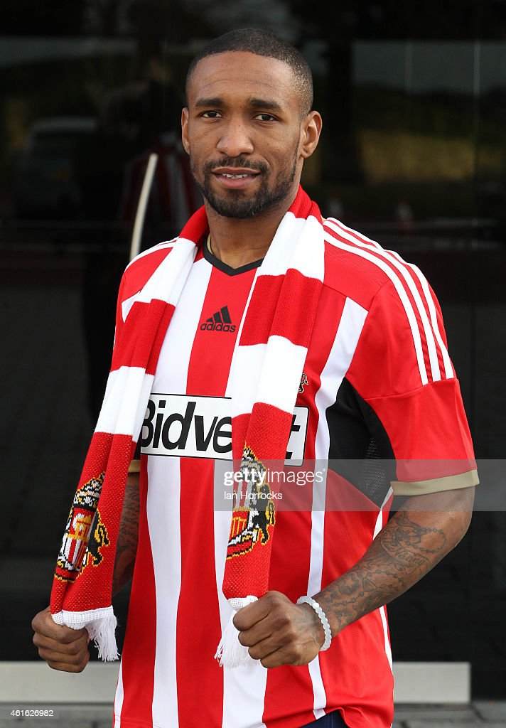 (MINIMUM PRINT/BROADCAST FEE OF GBP 150, ONLINE FEE OF GBP 50 PER IMAGE, OR LOCAL EQUIVALENT) Jermain Defoe pictured at the Academy of Light after signing for Sunderland AFC on January 15, 2015 in Sunderland, England.