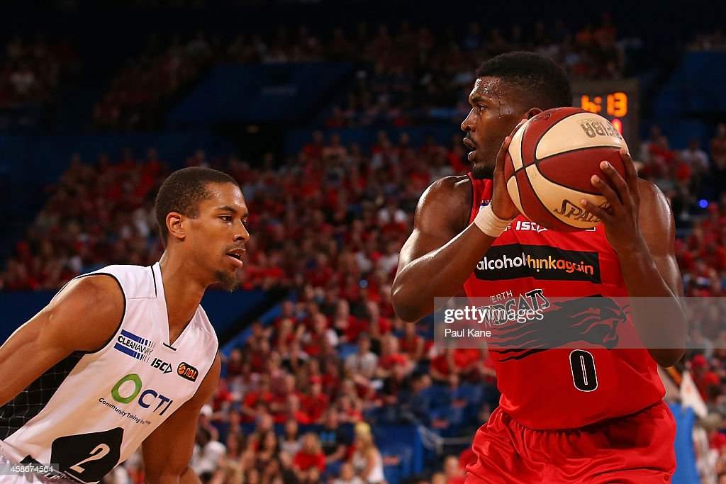 NBL Rd 5 - Perth v Melbourne : News Photo