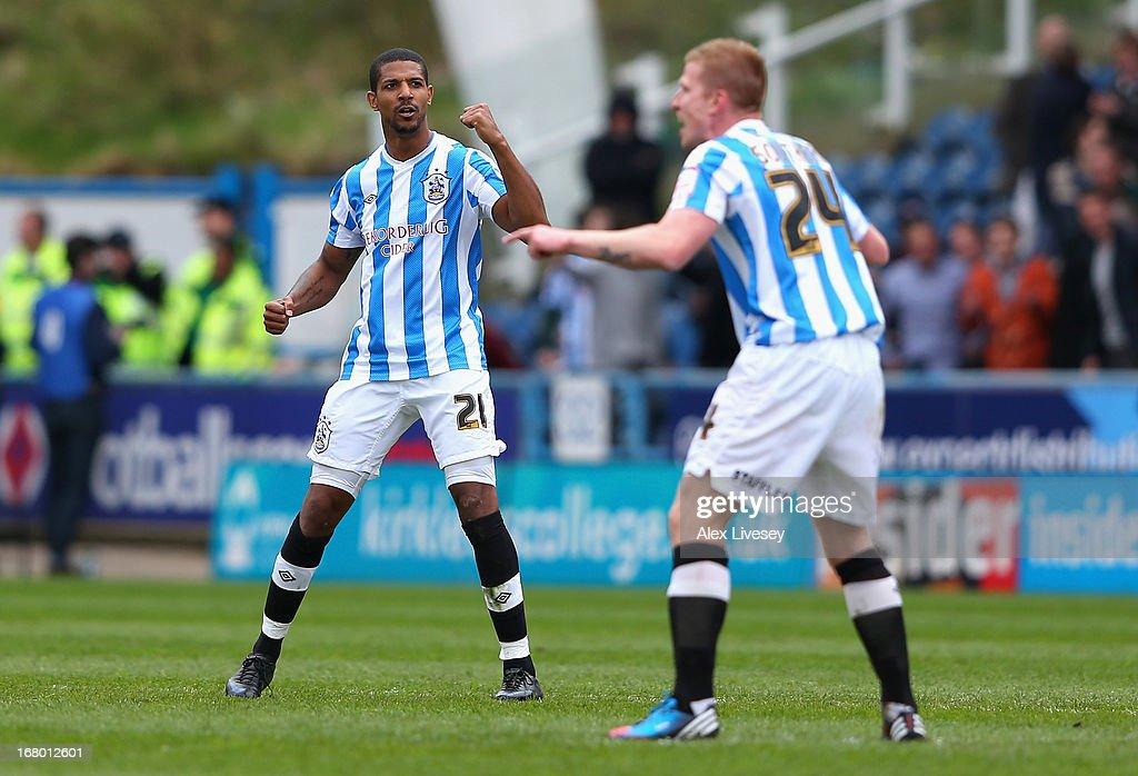 Huddersfield Town v Barnsley - npower Championship