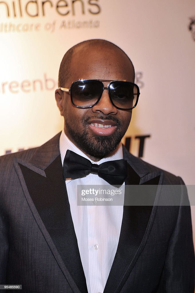 Jermaine Dupri attends Devyne Stephens' 2009 annual Christmas gala at the Atlanta History Center on December 22, 2009 in Atlanta, Georgia.